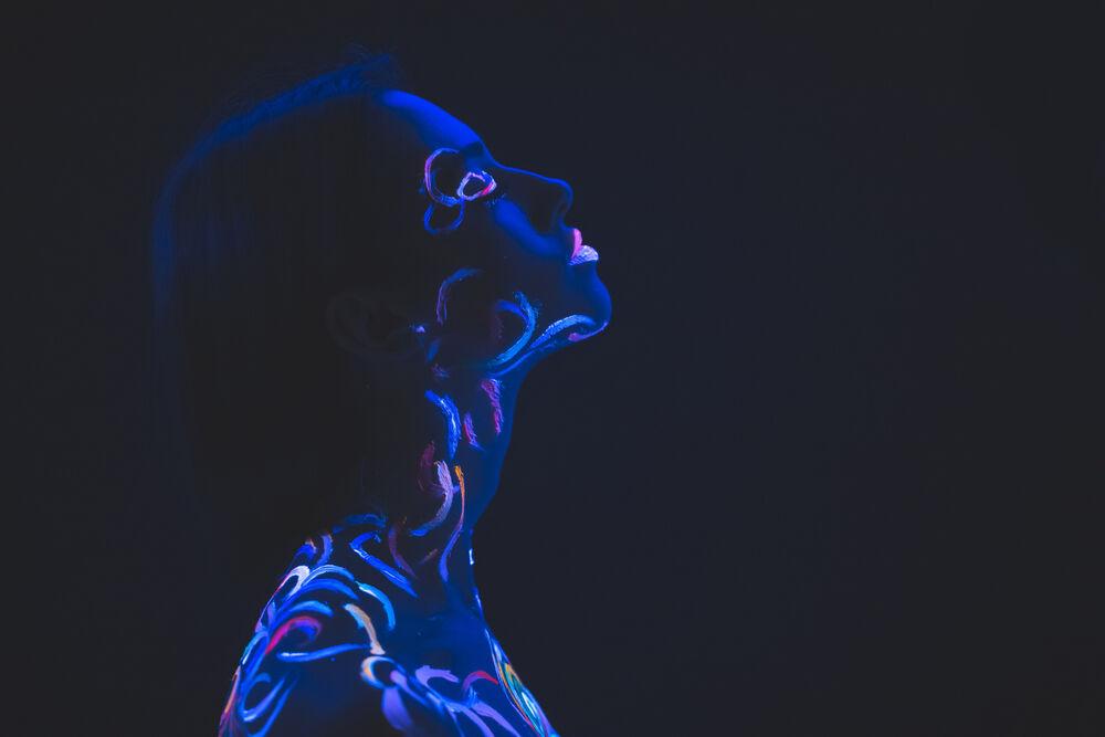 luminescent body art