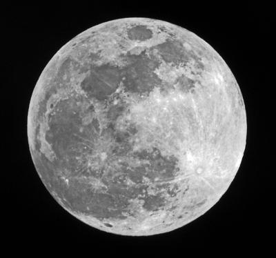 """Star-gazer: Super """"Blood Flower Moon"""" in eclipse"""