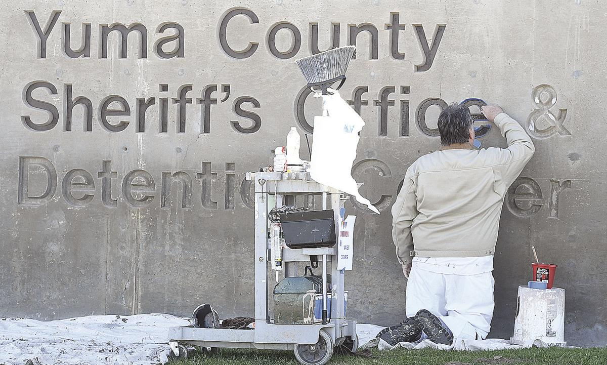 01162020-County sign painter-3308.jpg