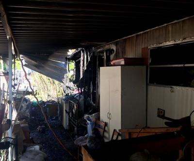 Fire damages Yuma mobile home