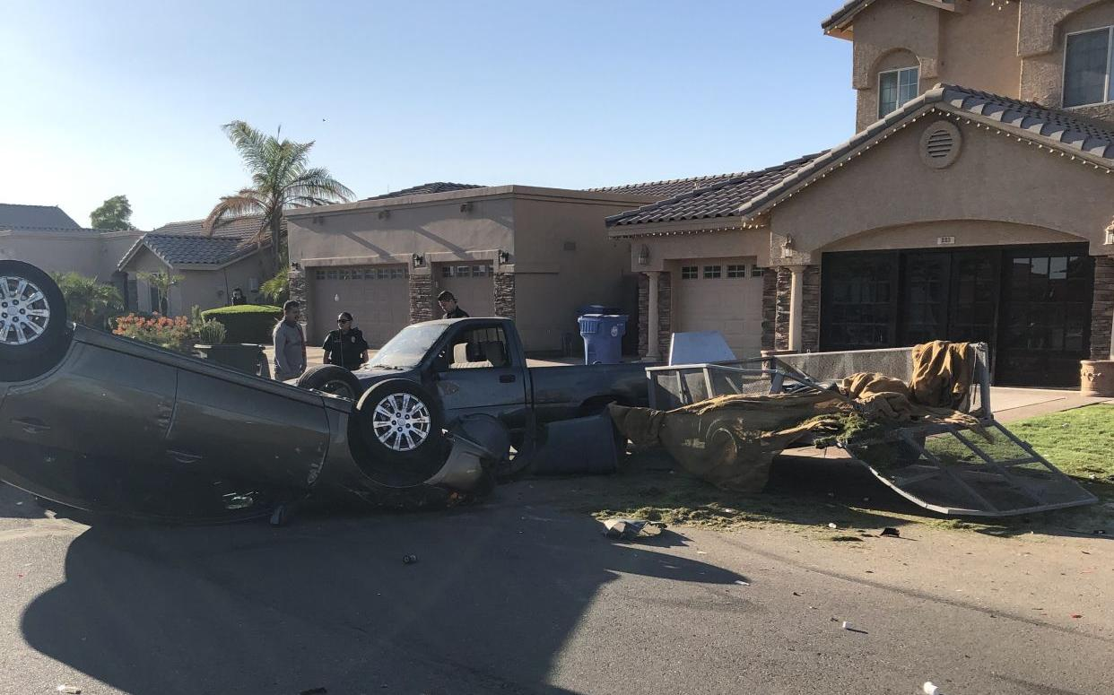 Driver hurt in single-vehicle rollover accident in Somerton